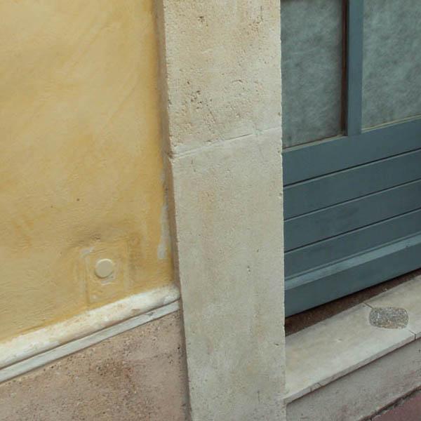 restaurer les pierres de taille abim es. Black Bedroom Furniture Sets. Home Design Ideas